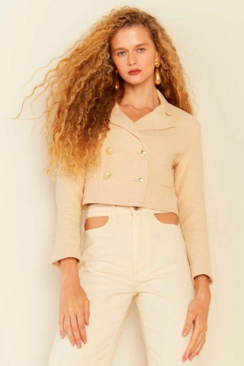 Blazer Cropped Tweed Sofia Bege Creme - Le Blog