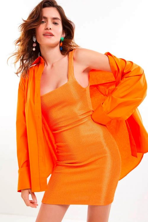 Camisa Oversized Rebeca Laranja Ginger - Le Blog