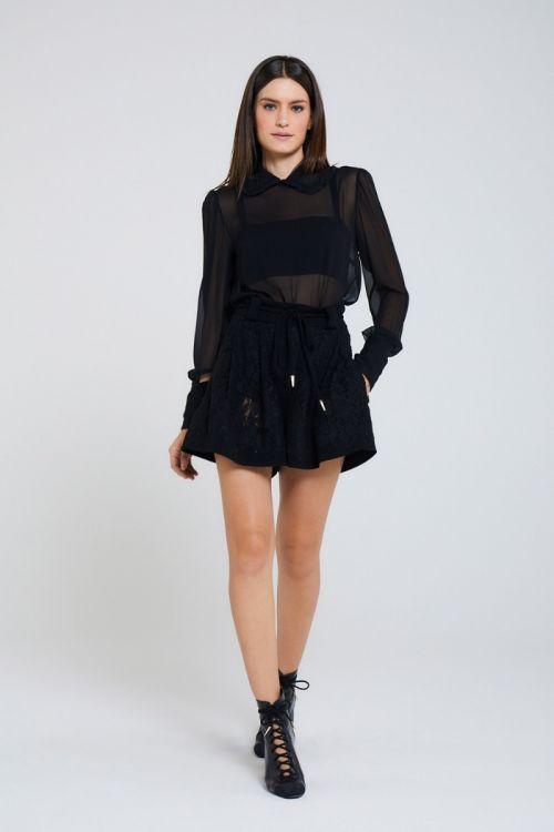 Shorts Curto em Renda Via Couture Preto - Andrea Bogosian