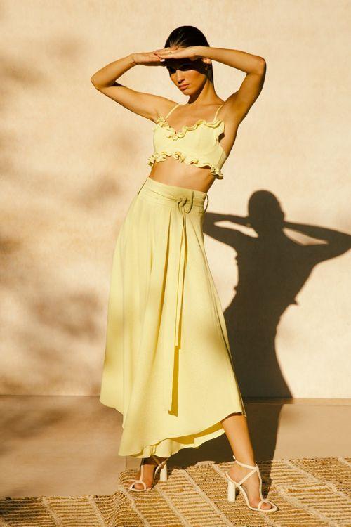 Calça Pantacourt Assimétrica Amarela - PatBo