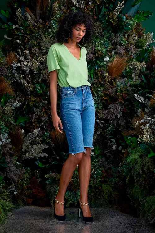 T-Shirt Decote V em Algodão Johanna Verde Pistache - NV